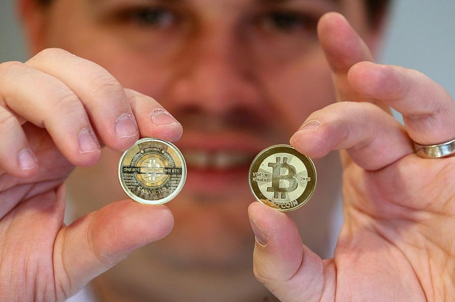 Alarma por creciente auge de negocios con 'bitcoin' en Colombia