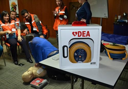 Uso obligatorio de desfibriladores en sitios públicos, una realidad en Colombia