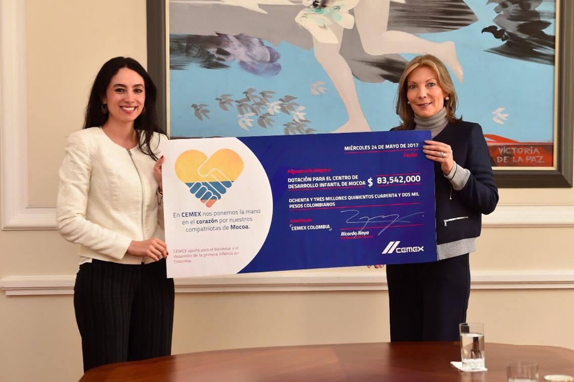 CEMEX Colombia entrega donación a víctimas de Mocoa