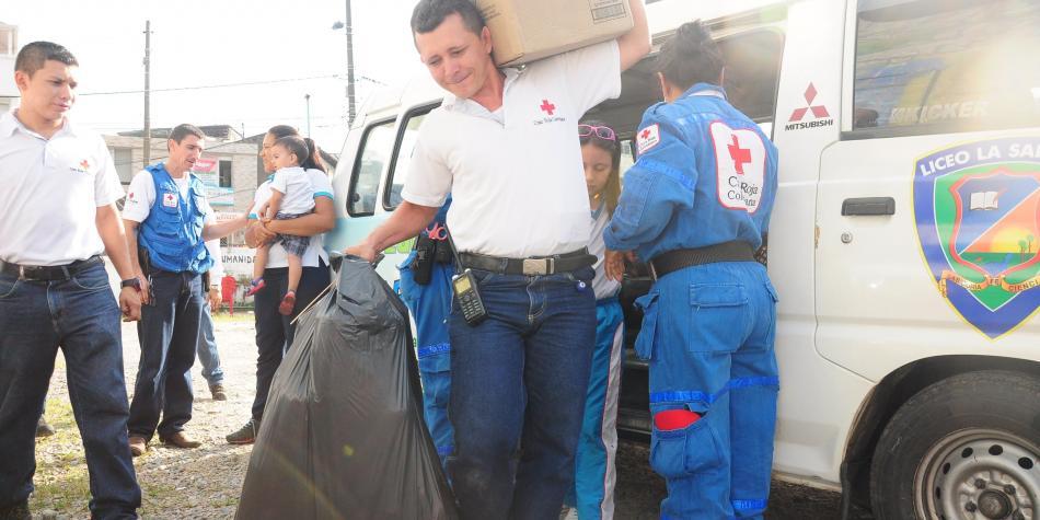 La Cruz Roja sigue ayudando en Mocoa