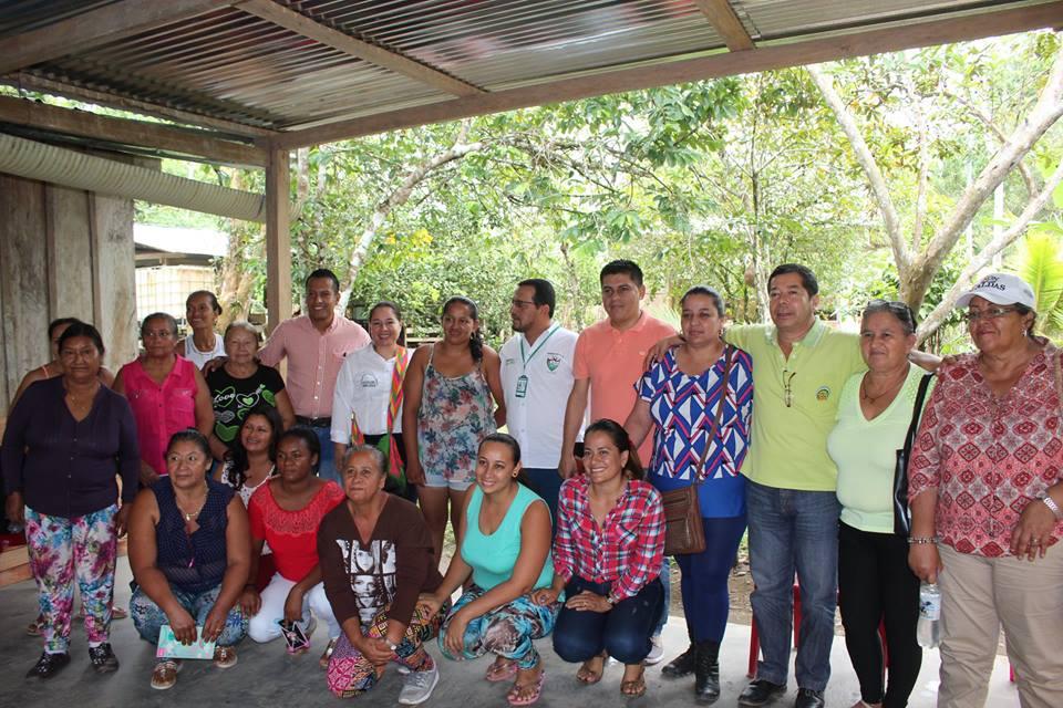 En Puerto Rosario (Puerto Guzmán), priorizan apoyo a proyecto de mujeres