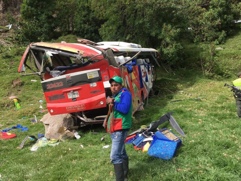 Así fue el trágico accidente del bus que se dirigía hacia Cali y donde murieron 4 personas