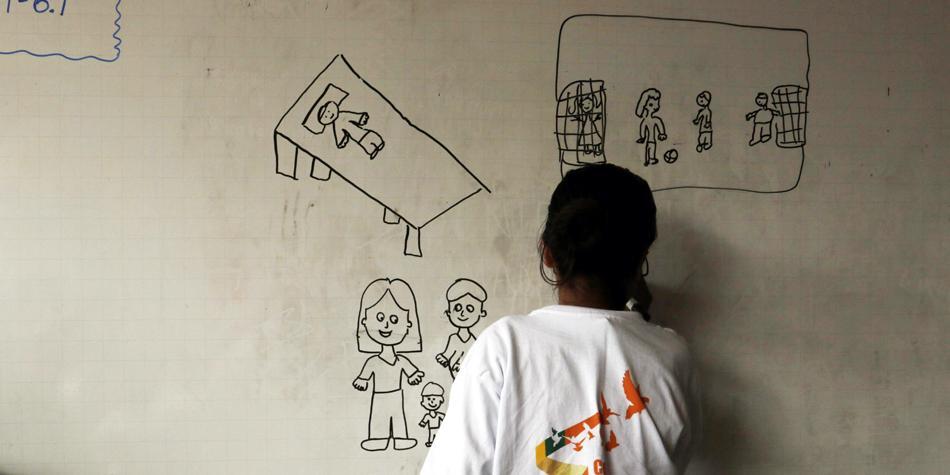 Los colegios rodeados por los rezagos de la guerra