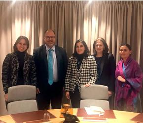 Gobierno se reunió con el Secretariado de la OCDE en París