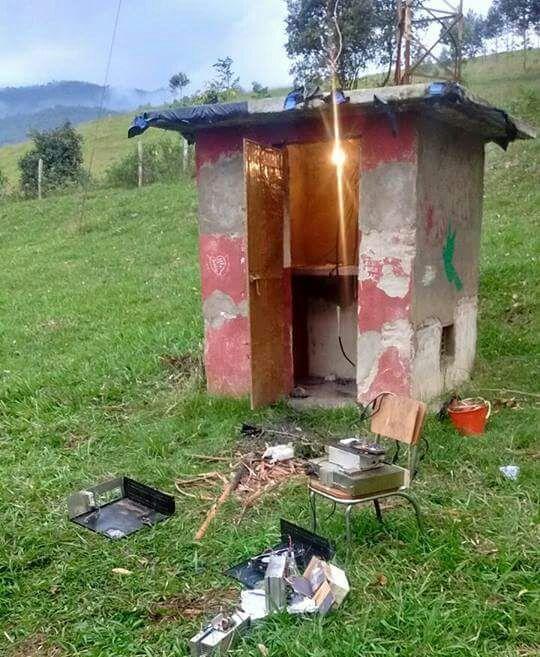Manos criminales dejan fuera del aire a emisora comunitaria en Colón Putumayo