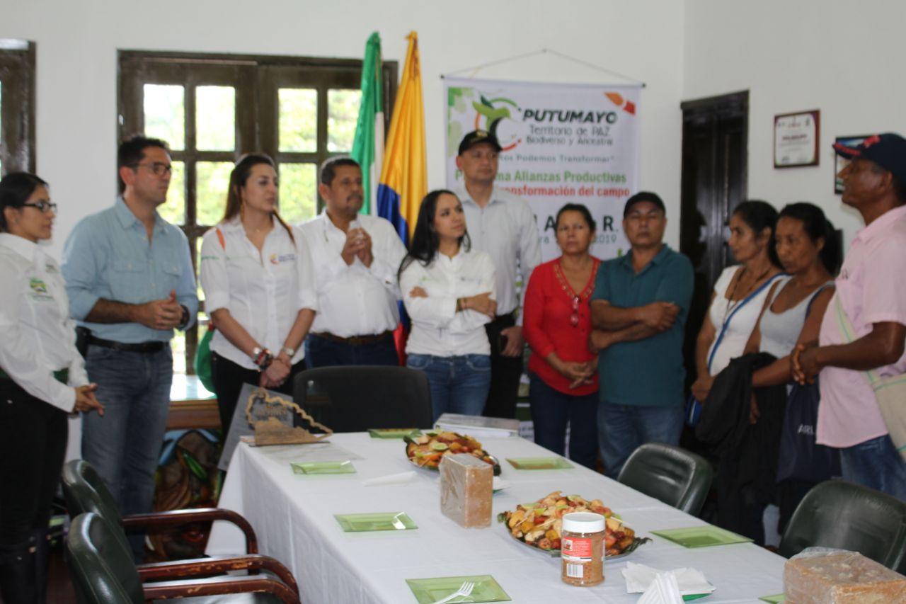 Ministro de Agricultura conoció avances de Alianzas Productivas en Mocoa