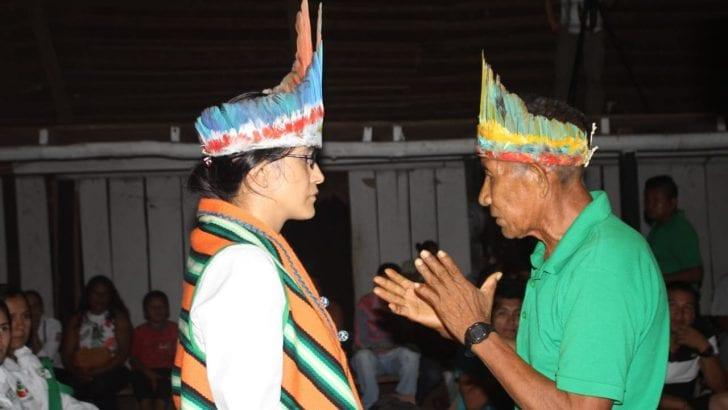 Gobernadora se reúne con líderes indígenas en Maloca de Puerto Leguízamo