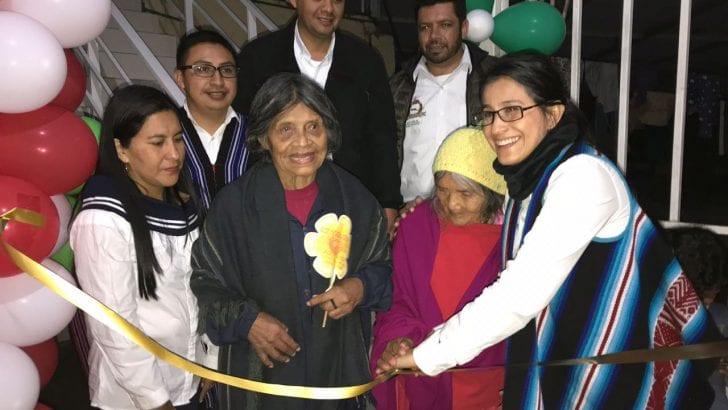 Gobernadora hace entrega oficial de nuevas instalaciones del Centro Vida de Santiago
