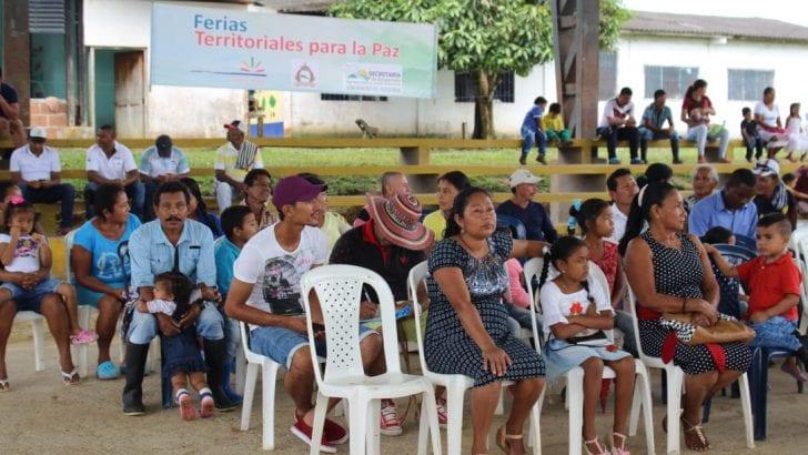 Habitantes de Puerto Ospina participan del primer ciclo de Feria Territorial para la Paz en Puerto Leguízamo