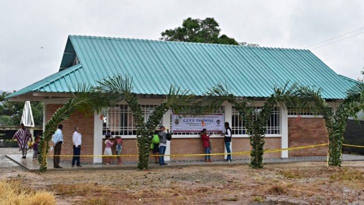 Colpatria dona aulas para Resguardo Villanueva de la comunidad Kamentsa Biya