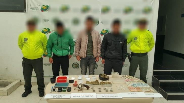 Capturadas tres personas por fabricación y porte de estupefacientes y armas de fuego