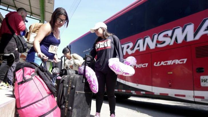 Cruzar tres países y tomar 13 buses, el precio por huir de Venezuela