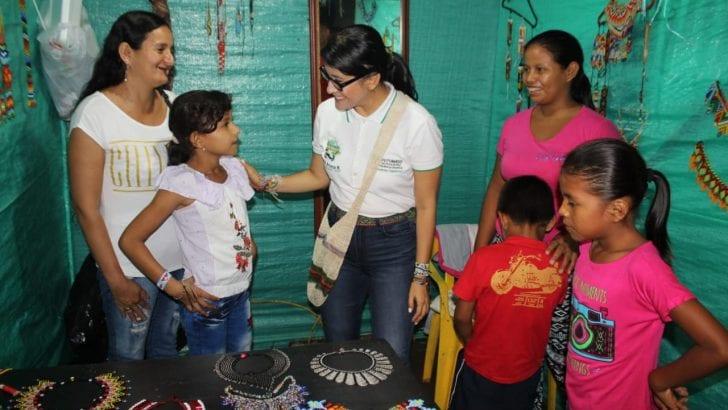 Saludo a los artesanos que participan del Encuentro Trifronterizo en Leguízamo