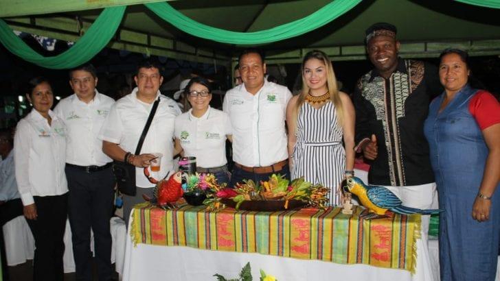 Gobernadora saluda a Leguízamo en 'XIII Encuentro Cultural Trifronterizo'