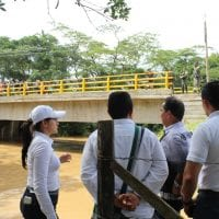¡Puente vehicular sobre el río Caimán, vereda Los Mangos, de Puerto Guzmán, es una realidad!