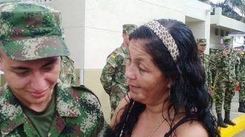 """""""Me hice soldado para encontrar a mi mamá después de 20 años de su ausencia""""; soldado en Puutmayo"""