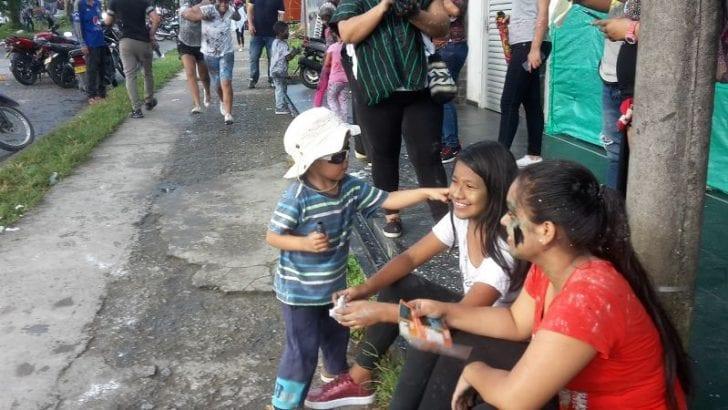 Gozandose el carnaval de Mocoa – 5 de Enero, dia de negritos