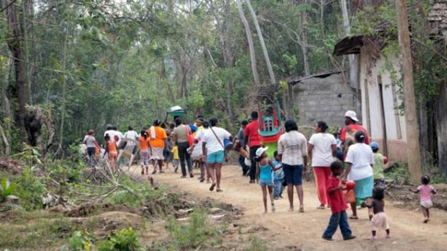 Gobierno apoyará a más de 10 mil hogares víctimas de desplazamiento