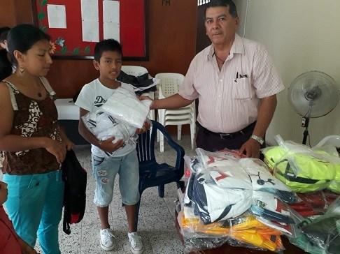Uniformes Deportivos Para Jóvenes Rurales de Mocoa
