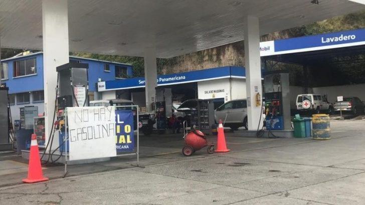 Sur del país se queda sin combustible por bloqueos en la Panamericana