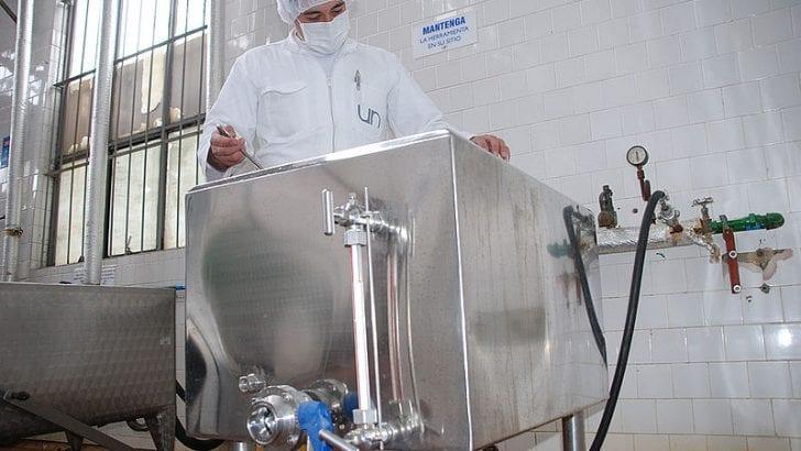 Péptidos de leche combatirían resistencia a antibióticos