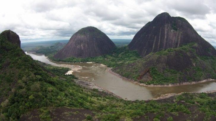 """""""La minería a gran escala amenaza el territorio y la vida de los pueblos indígenas de la Amazonia"""""""