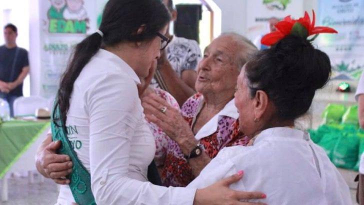 Gobernación sigue brindando atención integral a adultos mayores vulnerables