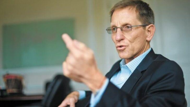 """Emilio Archila sobre oposición y su balance del Acuerdo de Paz : """"Escribieron el reporte en Bogotá"""""""