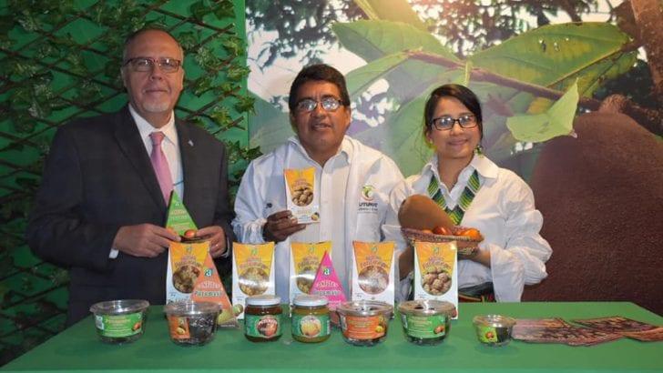 Dulces y galletas de frutas amazónicas, presente en Bogotá