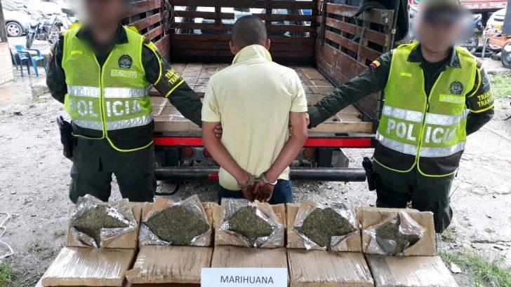 423 mil dosis de marihuana ocultos en la carrocería de un vehículo fueron incautados por la Policía